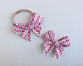 "Mod Dots Fabric ""Dahlia"" Bow"