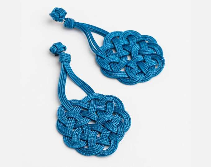 Tibetan Endless Knot Earrings, Sz Large, Macrame earring, macrame, love knot earring, chinese knot, paracord, ornamental knot, nautical knot