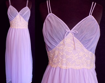 1950s Avian Chiffon Nightgown, Lavender Nightie With Ivory Lace, Size Small