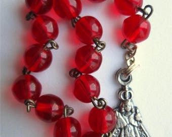 Vintage Chaplet Rosary Red Glass Infant Jesus Of Prague Silver Tone Catholic Italy