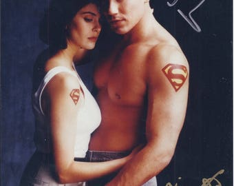Picture of Superman (Dean Cain); Lois Lane (Teri Hatcher) -Signed-pre-owned (SS)