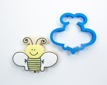 Whimsy Bumble Bee Cookie Cutter | Bee Cookie Cutters | Mini Cookie Cutters | Animal Cookie Cutters | Custom Cookie Cutters