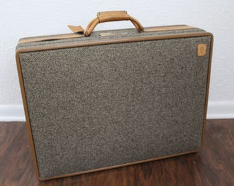 Vintage Hartmann Tweed Suitcase (Belting leather and combo lock)