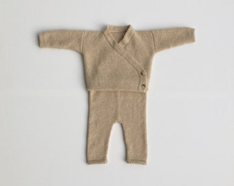 2-piece Kashmir set for baby /.