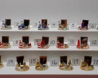 1:12 Scale Dollhouse Miniature Make-Up Set
