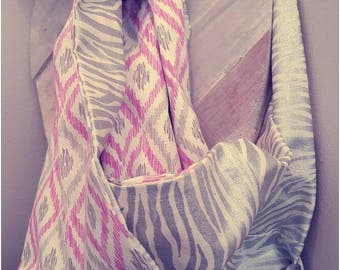 Infinity for woman in cotton scarf.