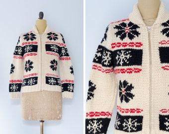 Vintage Mary Maxim Sweater with Snowflake Design // Made in Canada - Women's XS