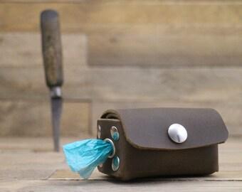 Leather poop bag dispenser, Dog gift, Dog Poop bags, Dog accessories, Poop bag holder, Dog waste bag, Dog Poop Mess Bag Dispenser.