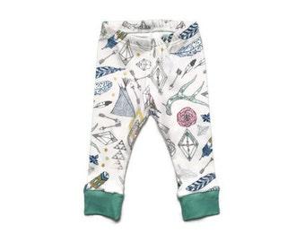 baby leggings // organic baby leggings // gypsy print leggings // organic baby clothes // baby gift // toddler leggings // boho baby clothes