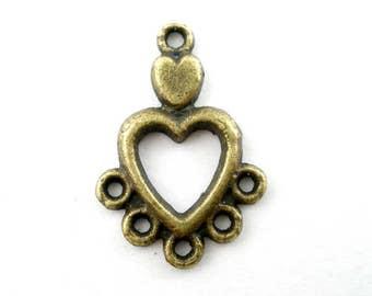 26 Antique Bronze Heart Connectors 13 x 19mm (B170d)
