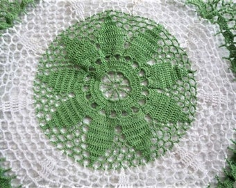 BIG Crocheted Doiley . . . Floral + Ruffled **  Craft , Re-make - Re-use - Re-imagine -- Crochet