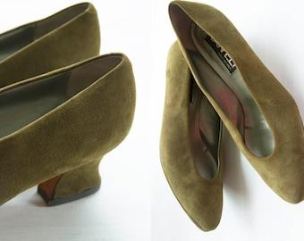 Vintage Heels/ Suede Heels/ Olive Green Heels/ VanEli/ Made in Italy/ Size 7 1/2