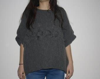 Ladies knitted sweater (poncho)