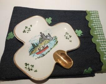 Vintage Shamrock Clover Shaped Trinket Dish/ Carrigaline Pottery