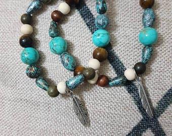 Tourquoise  Howlite and Wood Beaded Bracelet