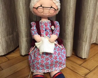 Handmade doll - cloth doll- knitting grandma doll - Rag doll - Handmade fabric doll - Rag doll with accesoires