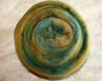 Hand-dyed Merino Wool 'Laghetto' - combed tops