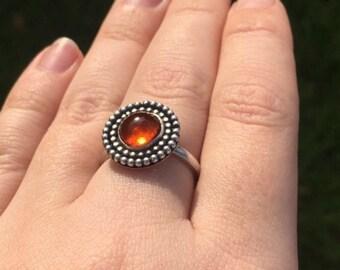 Circular Amber ring Size N1/2