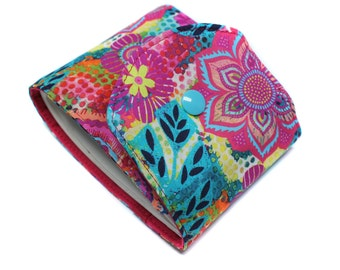 long checkbook in colorful fabric, side checkbook