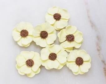 Edible fondant flowers, Fondant flowers for cake, Pre made fondant flowers, Cupcake flowers, Yellow cupcake flowers