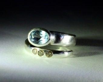 Aquamarine and champagne diamonds ring