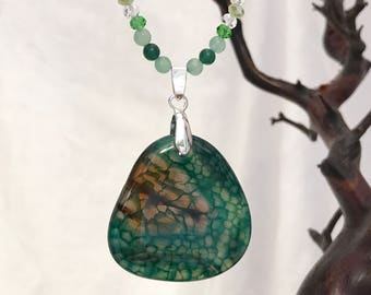 Dragon Vein Agate Green Necklace