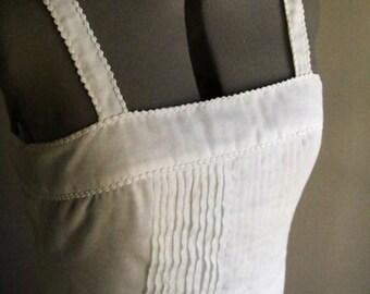 Picking Daisies Ladies Vintage Lilli Diamond White Dress