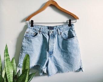 Vintage Gap Cutoff Shorts // size 28/29