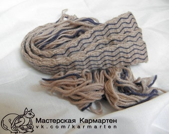 Tablet weaving. Tablet woven trim, naturally plant dyed wool trim, Viking reenactment, medieval clothing, historical braid