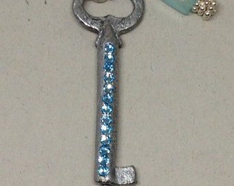 Vintage Key and Chalcedony Necklace
