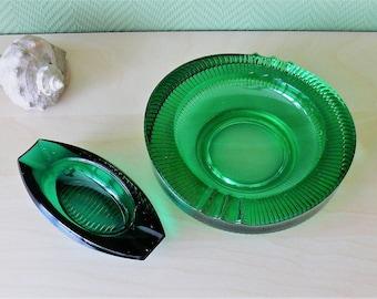 Large Retro Emerald Green Ashtray - Set of 2. Jewelry Dish Bowl, Green Glassart, Boat Shape Ashtray, 1970s Retro Design,Oval Cigar Container