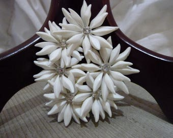 Vintage Starburst Flower Jewelry