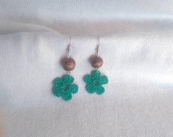Green Flower Crochet Earrings