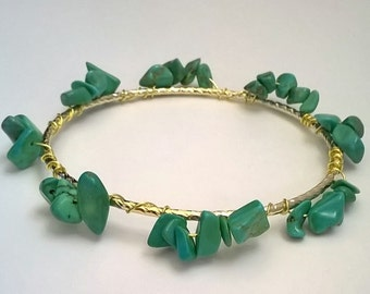 Turquoise Stone Chip Wire Wrap Gold Bangle Bracelet, Turquoise Bracelet, Southwestern, Boho, Pretty Bangle, Stone Chip Jewelry, Blue Bangle