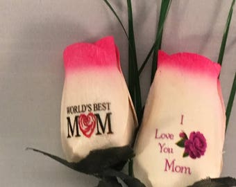 World's Best Mom - 2 Wooden Rose Bouquet for Mother's Day