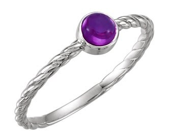 925 Sterling Silver Bezel-Set Genuine Cabochon Amethyst Gemstone Solitaire Ring - Rope Detail - Size 6.5 - Stackable - February Birthstone