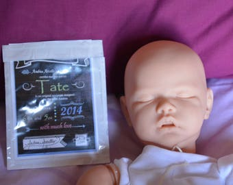 UNTOUCHED KIT TATE sculpted by Andrea Arcello. Ltd Ed with coa