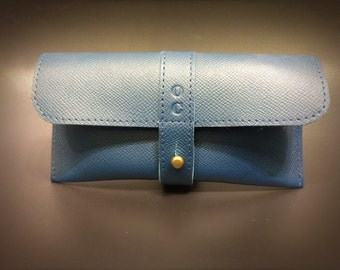 Glasses case in leather fullgrain teal