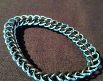 Sky Blue and Black Stretchy Chainmaille Bracelet