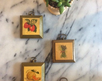 SALE Vintage Thayer Fruit Kitchen Plaques set of 4