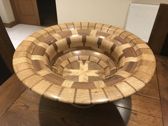 The Large Segmented Bowl