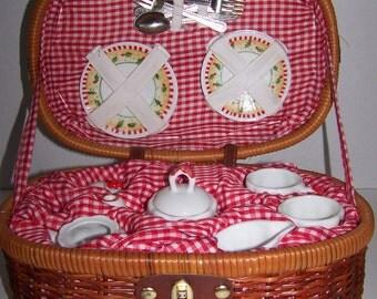 Child's Stoneware Tea Set in Wicker Basket Christmas Bears