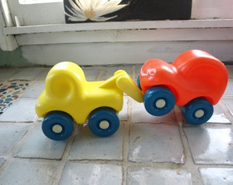 Little Tykes First Wheels Toddler's Chunky Yellow Tow Truck and Orange Car with Smiley Faces