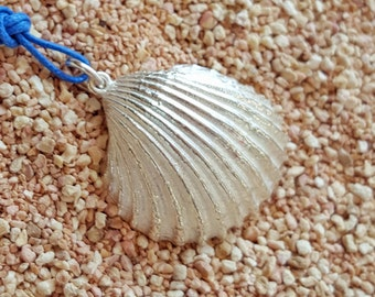 Silver Pendant with shell-WEARING SEA collection