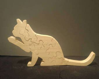 Scroll sawn cat puzzle #2