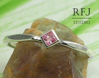 Kite Lab Pink Diamond Faceted Silver Ring, Pink Stone Minimalistic Rhombus Setting Ring Princess Cut 2x2mm Square Pink CZ Stack Promise Ring