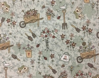 """Garden Fabric, Floral Fabric: RJR Quilter's Garden Pocketful of Daisies  100% cotton Fabric By The Yard 36""""x43"""" (M92)"""