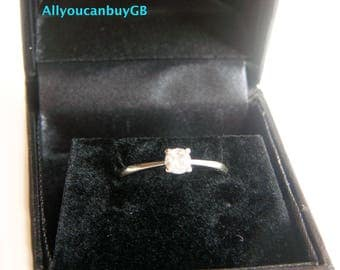 9ct White Gold, 0.25ct Diamond ring. Diamond Solitaire Ring.