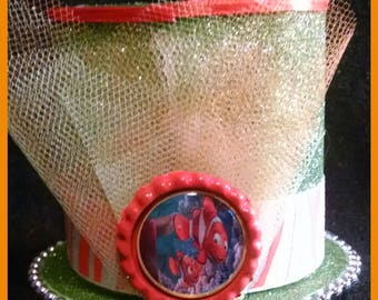 Mini mad hatter top hat featuring Nemo and Marlon