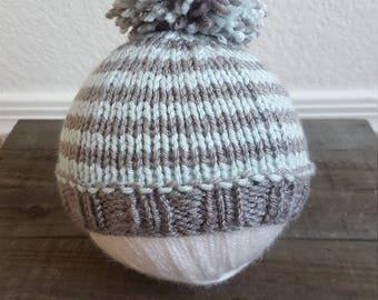 Newborn Knit Hat, Hand Knit Baby Beanie, Pompom hat, Baby Shower Gift, Photo Prop